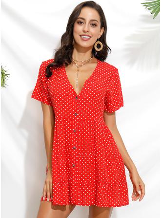 PolkaDot Shiftklänningar Korta ärmar Mini Fritids Tunika Modeklänningar