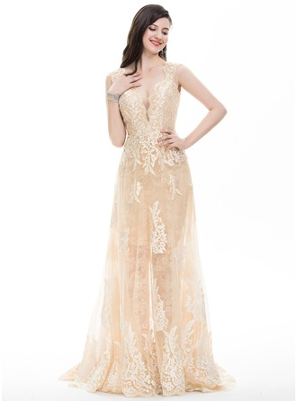 Sheath/Column V-neck Sweep Train Tulle Prom Dress