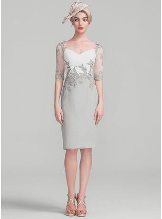Sheath/Column Knee-Length Chiffon Lace Cocktail Dress With Ruffle