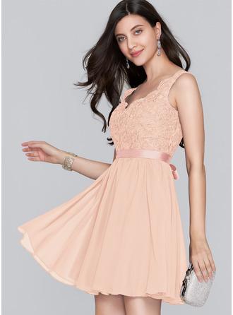 A-Line V-neck Short/Mini Chiffon Homecoming Dress With Bow(s)