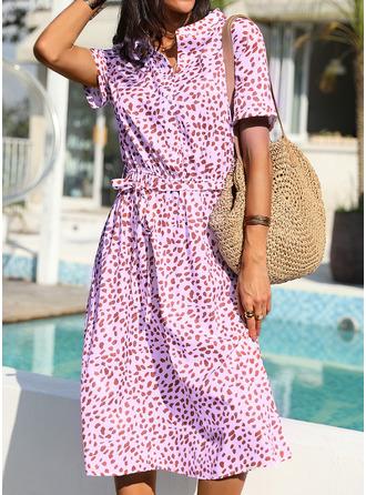 Nadruk Sukienka Trapezowa Krótkie rękawy Midi Nieformalny Elegancki Łyżwiaż Modne Suknie