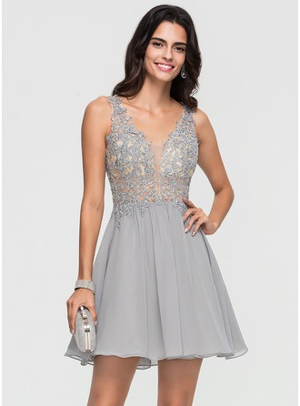 A-Line/Princess V-neck Short/Mini Chiffon Homecoming Dress With Beading