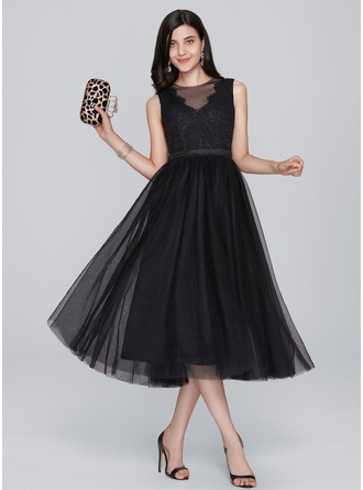A-Line/Princess Scoop Neck Tea-Length Tulle Homecoming Dress