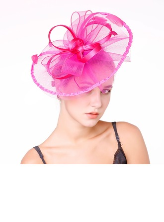 Dames Gentil Feather/Fil net avec Feather Chapeaux de type fascinator/Kentucky Derby Des Chapeaux/Chapeaux Tea Party