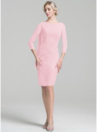 Etui-Linie U-Ausschnitt Knielang Chiffon Kleid für die Brautmutter mit Perlstickerei Pailletten Gestufte Rüschen