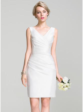 Платье-чехол V-образный Длина до колен Тафта Платье Подружки Невесты с Рябь
