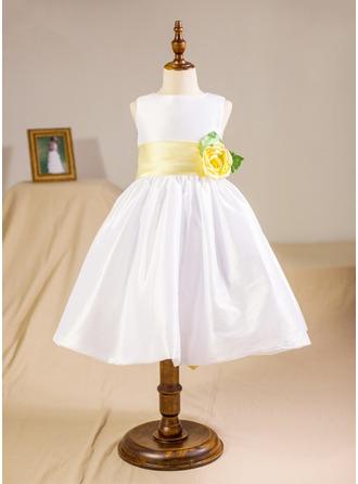 Vestidos princesa/ Formato A Coquetel Vestidos de Menina das Flores - Tafetá Sem magas Decote redondo com Cintos/fecho de correr/Curvado/V volta