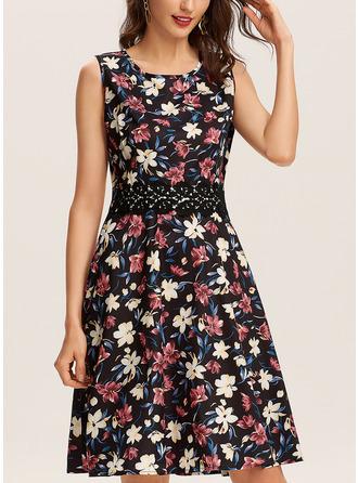 Blommig Print A-linjeklänning Ärmlös Midi Fritids skater Modeklänningar