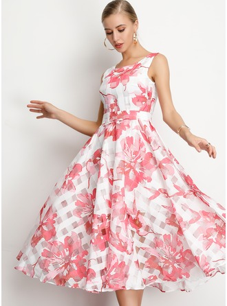 A-Line Scoop Neck Tea-Length Homecoming Dress