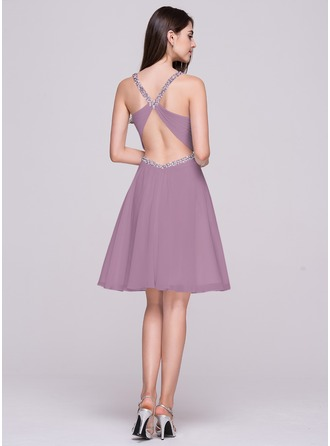 A-Line/Princess V-neck Knee-Length Chiffon Homecoming Dress With Ruffle Beading Sequins