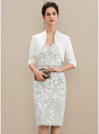Etui-Linie V-Ausschnitt Knielang Spitze Kleid für die Brautmutter mit Perlstickerei Pailletten