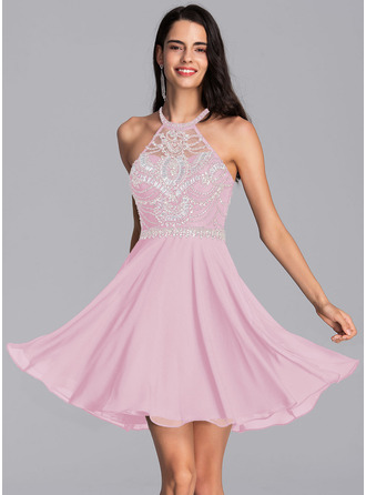A-Line Scoop Neck Short/Mini Chiffon Homecoming Dress With Beading Sequins