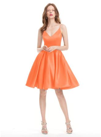A-Line V-neck Knee-Length Satin Homecoming Dress
