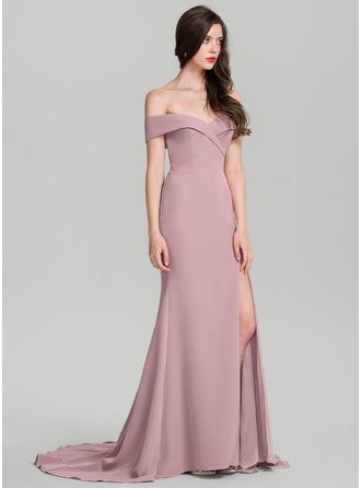 Sheath/Column Off-the-Shoulder Sweep Train Satin Prom Dress