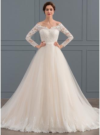 Платье для Балла Выкл-в-плечо Церковный шлейф Тюль Кружева Свадебные Платье