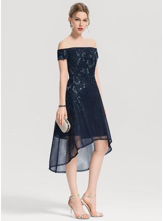 Трапеция Выкл-в-плечо асимметричный Тюль Коктейльные Платье с аппликации кружева блестки