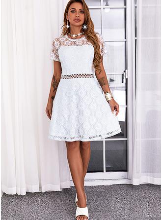 Solide A-lijn-jurk Korte Mouwen Mini Casual schaatser ()