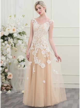 A-Line/Princess V-neck Floor-Length Tulle Wedding Dress