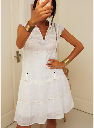 Above Knee V neck Polyester Lace/Solid Cap Sleeve Fashion Dresses