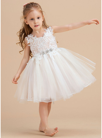 A-Line V-neck/Straps Knee-length Tulle/Lace Sleeveless Flower Girl Dress