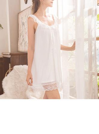 Modaal Bruids/Vrouwelijk nachtgoed