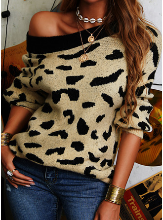 Round Neck Casual Leopard Sweaters