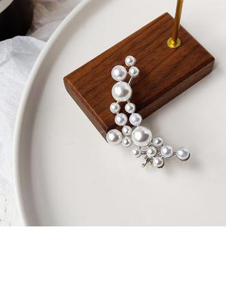 Ladies' Elegant Imitation Pearls Pearl Earrings For Bride