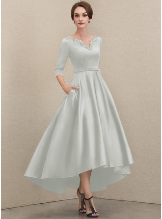 A-Linie V-Ausschnitt Asymmetrisch Satin Kleid für die Brautmutter mit Perlstickerei Pailletten Taschen