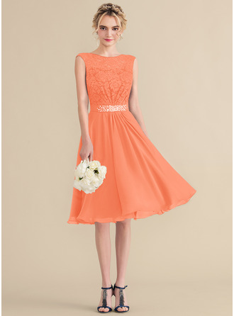 A-Line Scoop Neck Knee-Length Chiffon Lace Homecoming Dress With Beading Sequins Bow(s)