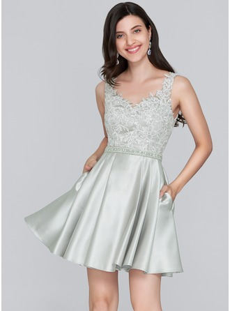 A-Line Sweetheart Short/Mini Satin Homecoming Dress With Beading Sequins Pockets