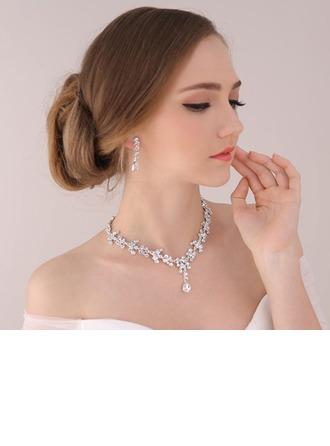 Bride Gaver - Vakkert Klassisk Stil Legering Rhinestones Smykkesett