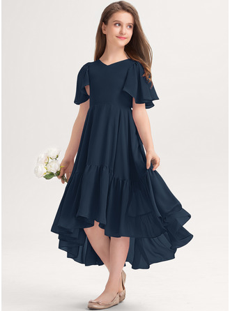Aライン Vネック 非対称 シフォン ジュニアブライドメイドドレス とともに カスケードフリル