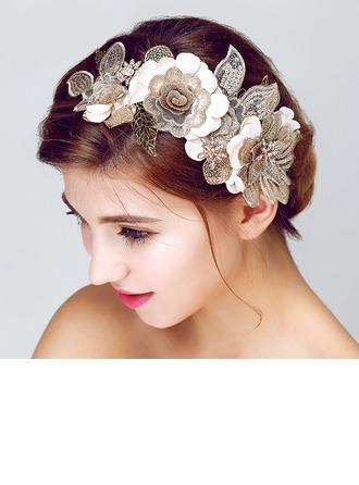 El yapımı Lace/Kumaş Çiçekler ve tüyler