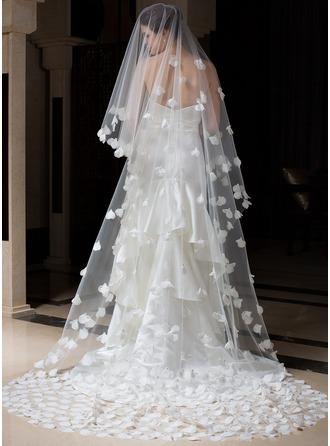 Uno strato Velare da sposa cattedrale con Bordo tagliato