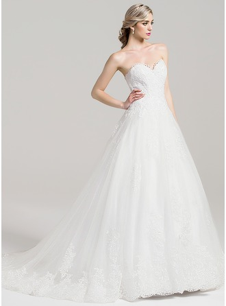 Ball-Gown Sweetheart Chapel Train Tulle Wedding Dress