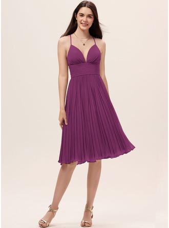 A-Line Sweetheart Knee-Length Chiffon Bridesmaid Dress With Pleated