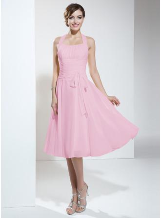 A-Line Halter Knee-Length Chiffon Homecoming Dress With Ruffle Bow(s)