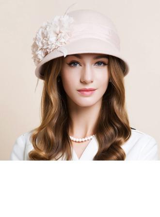 Señoras' Hermoso Madera con Flores de seda Bombín / cloché Sombrero