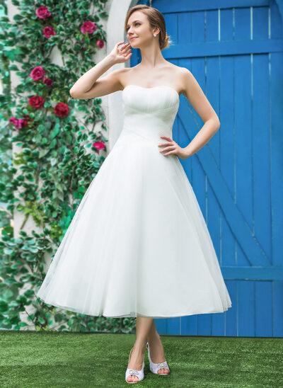 A-linjeformat Älskling Tea-lång Tyll Bröllopsklänning med Rufsar