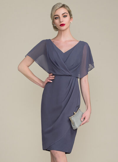 b5e355be82d Sheath Column V-neck Knee-Length Chiffon Mother of the Bride Dress With