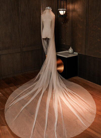 One-tier Cut Edge Chapel Bridal Veils With Lace