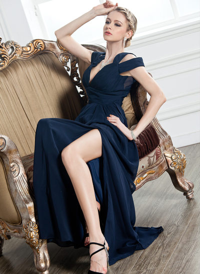 A-formet/Prinsesse V-hals Gulvlengde Chiffong Festkjole med Frynse Splittet Front