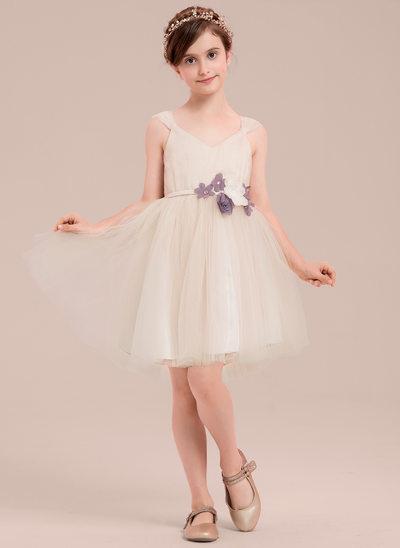 A-Line/Princess Knee-length Flower Girl Dress - Tulle Sleeveless V-neck With Flower(s)/Rhinestone