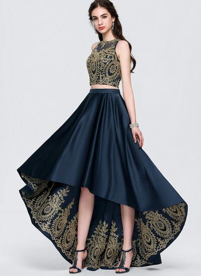 Áčkové Šaty Kruhový výstřih Asymetrické Satén Plesové šaty
