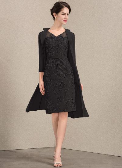 Sheath/Column V-neck Knee-Length Lace Mother of the Bride Dress