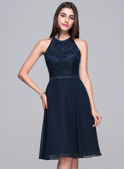 A-Line/Princess Scoop Neck Knee-Length Chiffon Lace Cocktail Dress With Bow(s)