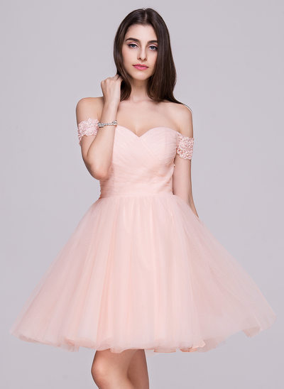 A-Line/Princess Off-the-Shoulder Short/Mini Tulle Homecoming Dress With Ruffle Lace Beading Sequins