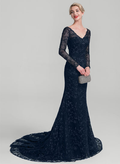Trumpet/Mermaid V-neck Court Train Lace Mother of the Bride Dress With Beading Sequins