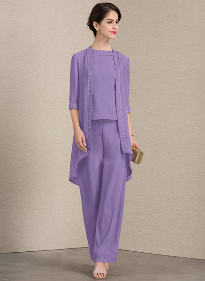 A-Line/Princess Scoop Neck Floor-Length Chiffon Mother of the Bride Dress With Lace