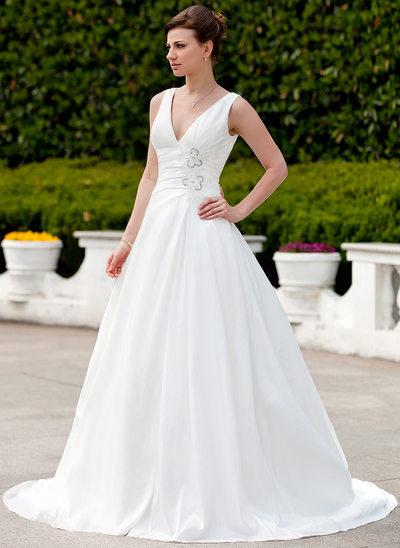 A-linjeformat V-ringning Court släp Taft Bröllopsklänning med Rufsar Pärlbrodering